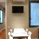 Super Balmes GROUP Apartments image 6